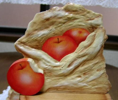 ふくろいっぱいのりんご