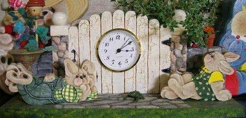 BUNNY・MANTEL TYPE CLOCK